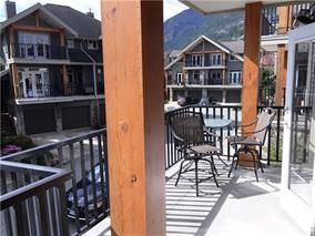 "Photo 2: 3 39758 GOVERNMENT Road in Squamish: Northyards Townhouse for sale in ""Arbourwoods"" : MLS®# R2198202"