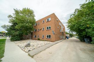 Photo 1: 174 Highfield Street in Winnipeg: Industrial / Commercial / Investment for sale (2B)  : MLS®# 202122691