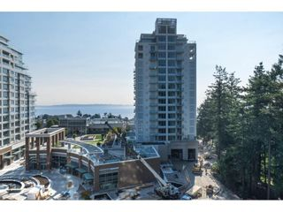"Photo 34: 702 15152 RUSSELL Avenue: White Rock Condo for sale in ""Miramar"" (South Surrey White Rock)  : MLS®# R2504973"