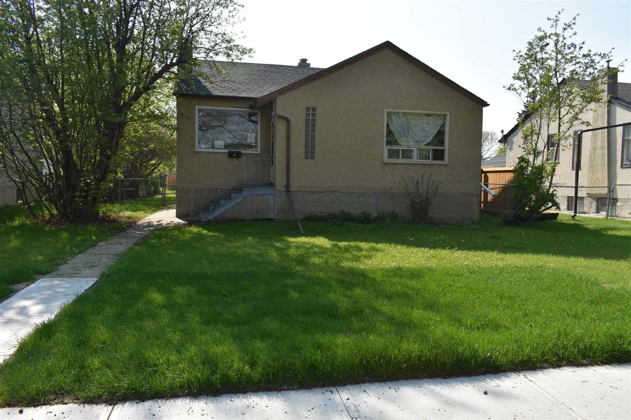 Main Photo: 11710 125 Street in Edmonton: Zone 07 House for sale : MLS®# E4261152