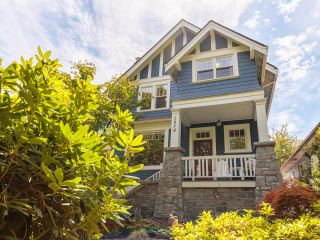 """Photo 2: 3878 W 15TH Avenue in Vancouver: Point Grey House for sale in """"Point Grey"""" (Vancouver West)  : MLS®# R2625394"""
