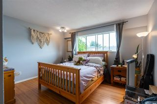 """Photo 6: 8380 ROSEBANK Crescent in Richmond: South Arm House for sale in """"Broadmoor"""" : MLS®# R2484942"""