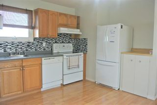 Photo 5: 94 Gainsborough Cove in Winnipeg: Tyndall Park Residential for sale (4J)  : MLS®# 202010796