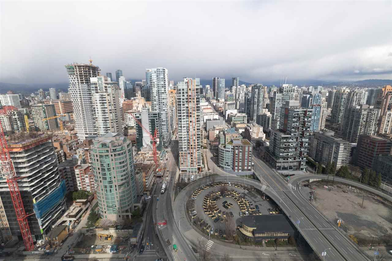 Photo 4: Photos: 4007 1480 HOWE STREET in Vancouver: Yaletown Condo for sale (Vancouver West)  : MLS®# R2486474