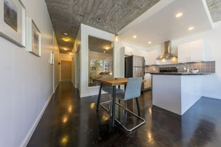 """Photo 10: 207 919 STATION Street in Vancouver: Mount Pleasant VE Condo for sale in """"Left Bank"""" (Vancouver East)  : MLS®# R2275486"""