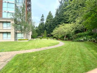"""Photo 3: 504 5775 HAMPTON Place in Vancouver: University VW Condo for sale in """"CHATHAM"""" (Vancouver West)  : MLS®# R2617854"""