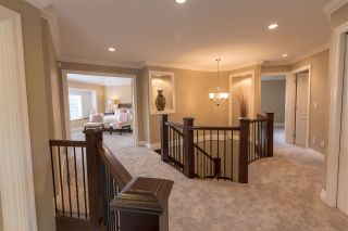 """Photo 7: 16368 58A Avenue in Surrey: Cloverdale BC House for sale in """"Highlands"""" (Cloverdale)  : MLS®# R2424070"""