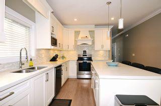 Photo 5: 18170 70 Avenue in Surrey: Cloverdale BC 1/2 Duplex for sale (Cloverdale)  : MLS®# R2103288