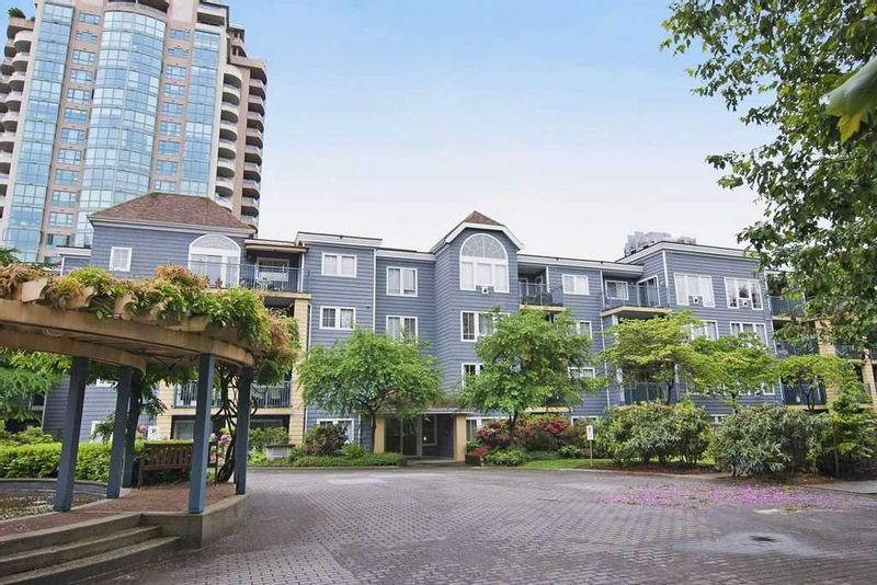 FEATURED LISTING: 402 - 3065 PRIMROSE Lane Coquitlam