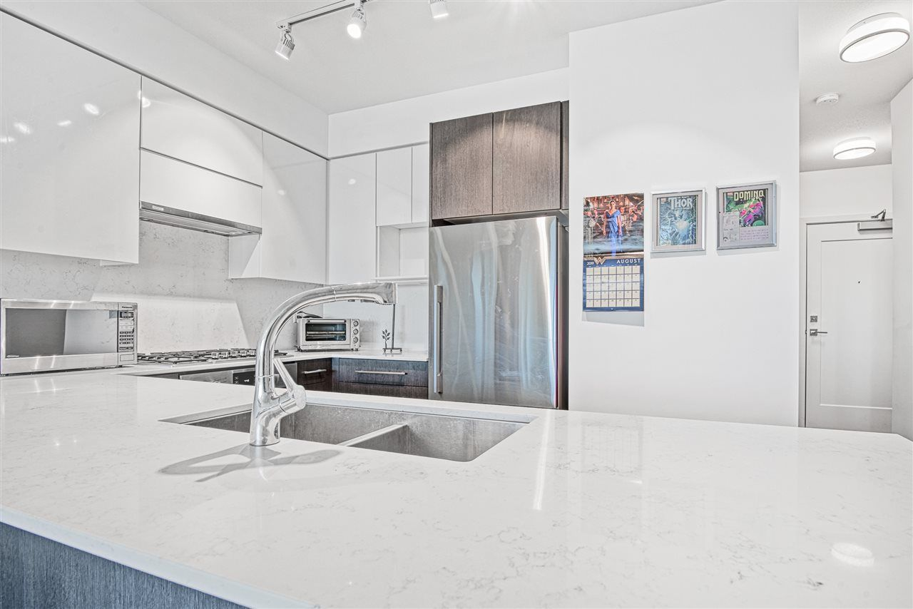 "Main Photo: 409 3971 HASTINGS Street in Burnaby: Vancouver Heights Condo for sale in ""VERDI"" (Burnaby North)  : MLS®# R2410838"