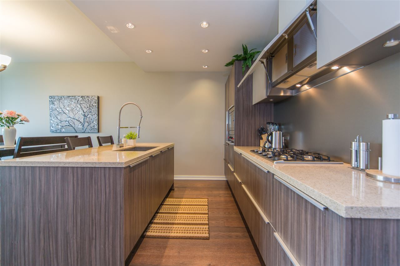 Photo 10: Photos: 606 1616 COLUMBIA STREET in Vancouver: False Creek Condo for sale (Vancouver West)  : MLS®# R2085306