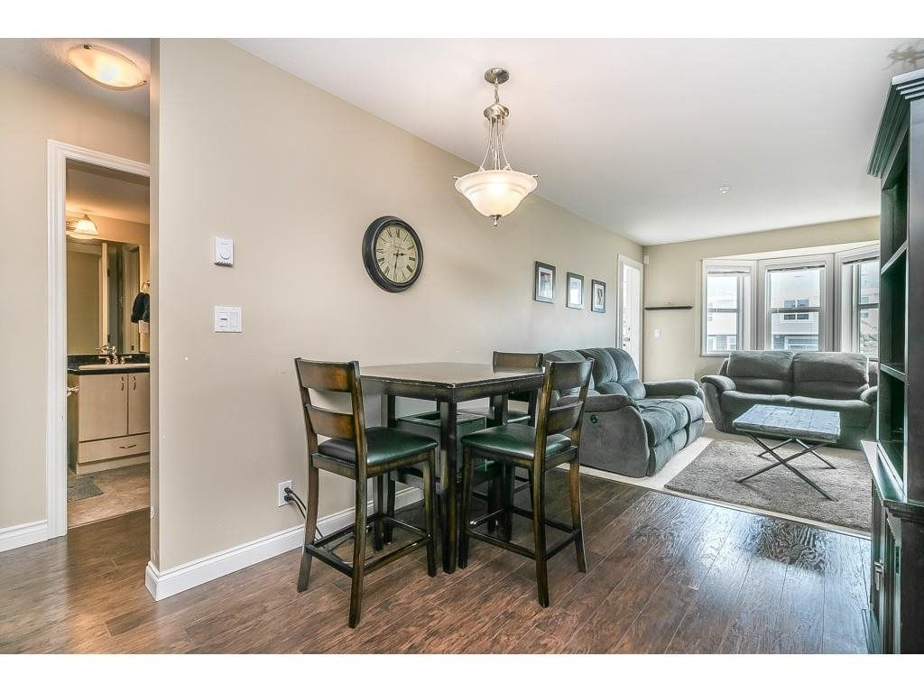 """Photo 4: Photos: 206 19774 56 Avenue in Langley: Langley City Condo for sale in """"Madison Station"""" : MLS®# R2582566"""