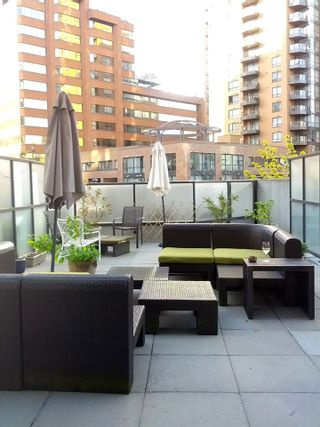 Photo 4: 303 1212 HOWE Street in Vancouver: Downtown VW Condo for sale (Vancouver West)  : MLS®# R2495071