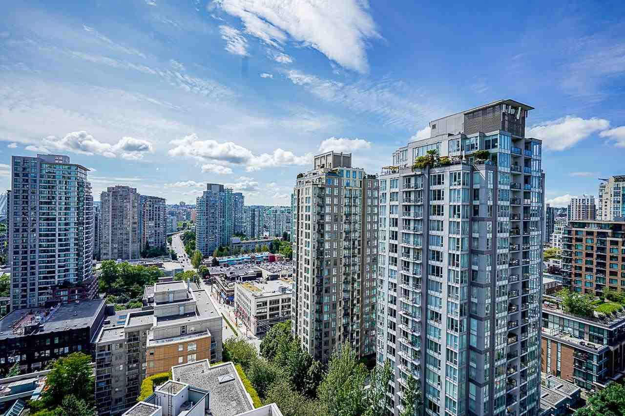 """Main Photo: 2006 989 RICHARDS Street in Vancouver: Downtown VW Condo for sale in """"The Mondrian I"""" (Vancouver West)  : MLS®# R2592338"""