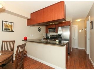 Photo 7: 310 5516 198TH Street in Langley: Home for sale : MLS®# F1421347