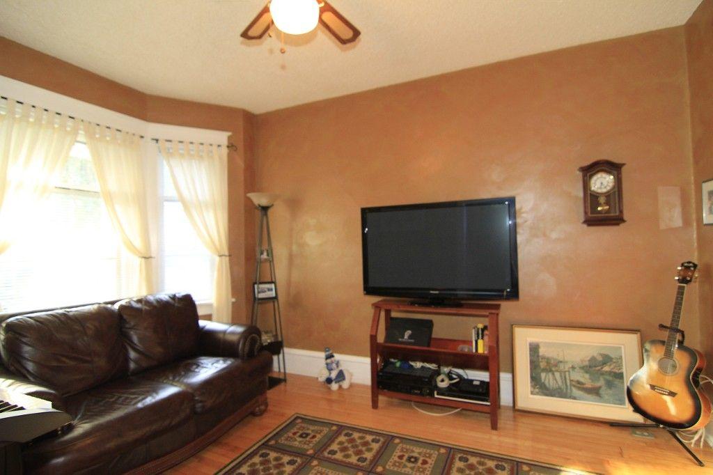 Photo 6: Photos: 475 CRAIG Street in WINNIPEG: WOLSELEY Single Family Detached for sale (West Winnipeg)  : MLS®# 1319451