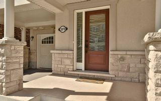 Photo 3: 3070 Mistletoe Gardens in Oakville: Rural Oakville House (3-Storey) for sale : MLS®# W5210809