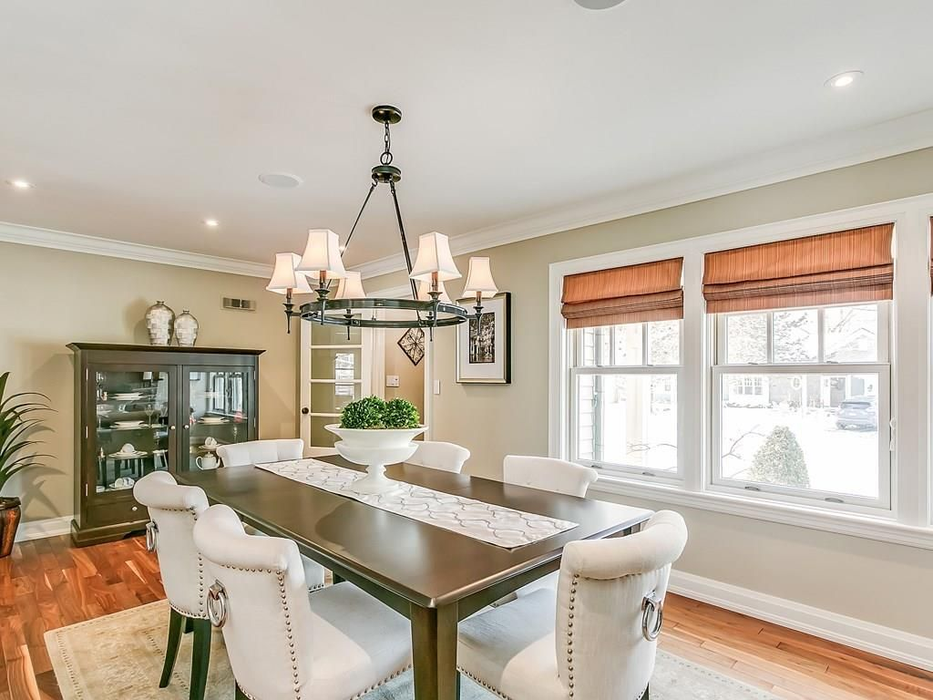 Photo 4: Photos: 569 WOODLAND Avenue in Burlington: Residential for sale : MLS®# H4047496