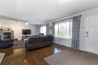 Photo 5: 26993 26 Avenue in Langley: Aldergrove Langley House for sale : MLS®# R2474952