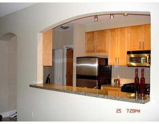"""Photo 3: 4885 VALLEY Drive in Vancouver: Quilchena Condo for sale in """"MACLURE HOUSE"""" (Vancouver West)  : MLS®# V624832"""