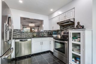 """Photo 14: 4687 GARDEN GROVE Drive in Burnaby: Greentree Village Townhouse for sale in """"Greentree Village"""" (Burnaby South)  : MLS®# R2608954"""