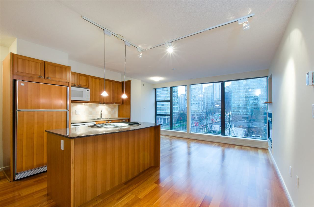 """Main Photo: 608 1723 ALBERNI Street in Vancouver: West End VW Condo for sale in """"The Park"""" (Vancouver West)  : MLS®# R2015655"""