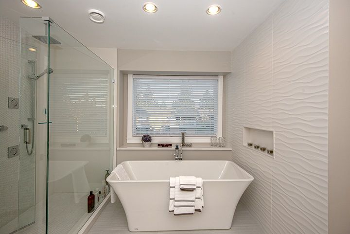 Photo 16: Photos: 919 MACINTOSH Street in Coquitlam: Harbour Chines House for sale : MLS®# R2014038