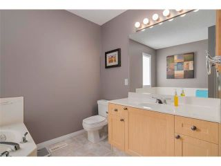 Photo 13: 27 VALLEY STREAM Manor NW in Calgary: Valley Ridge House for sale