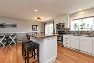 Photo 13: 582 Salish St in : CV Comox (Town of) House for sale (Comox Valley)  : MLS®# 872435