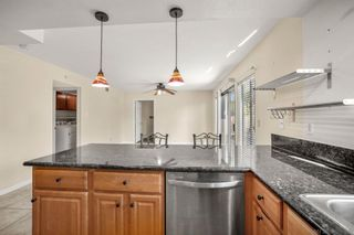 Photo 6: CARLSBAD EAST Twin-home for sale : 3 bedrooms : 6728 Cantil St in Carlsbad