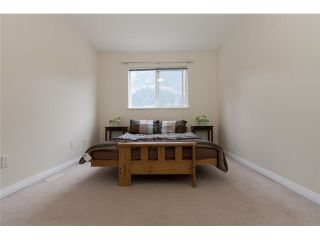 """Photo 9: 20 39754 GOVERNMENT Road in Squamish: Northyards Townhouse for sale in """"MAPLE TREE COURT"""" : MLS®# V1076411"""