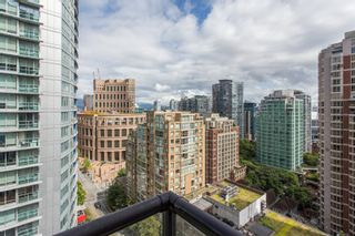 """Photo 1: 1703 889 HOMER Street in Vancouver: Downtown VW Condo for sale in """"889 HOMER"""" (Vancouver West)  : MLS®# R2484850"""