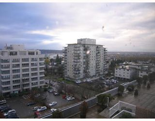 "Photo 10: 904 615 BELMONT Street in New Westminster: Uptown NW Condo for sale in ""BELMONT TOWERS"" : MLS®# V797243"