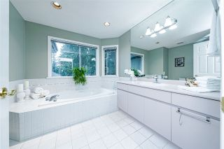 """Photo 24: 1 2990 PANORAMA Drive in Coquitlam: Westwood Plateau Townhouse for sale in """"WESTBROOK VILLAGE"""" : MLS®# R2560266"""
