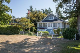 """Photo 2: 3016 O'HARA Lane in Surrey: Crescent Bch Ocean Pk. House for sale in """"CRESCENT BEACH"""" (South Surrey White Rock)  : MLS®# R2487576"""