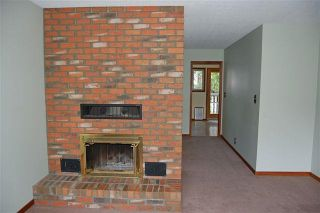 Photo 4: 4023 Travis Pl in Victoria: Residential for sale : MLS®# 283271