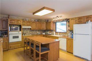 Photo 5: 105 Oakbank Drive: Oakbank Residential for sale (R04)  : MLS®# 1801130