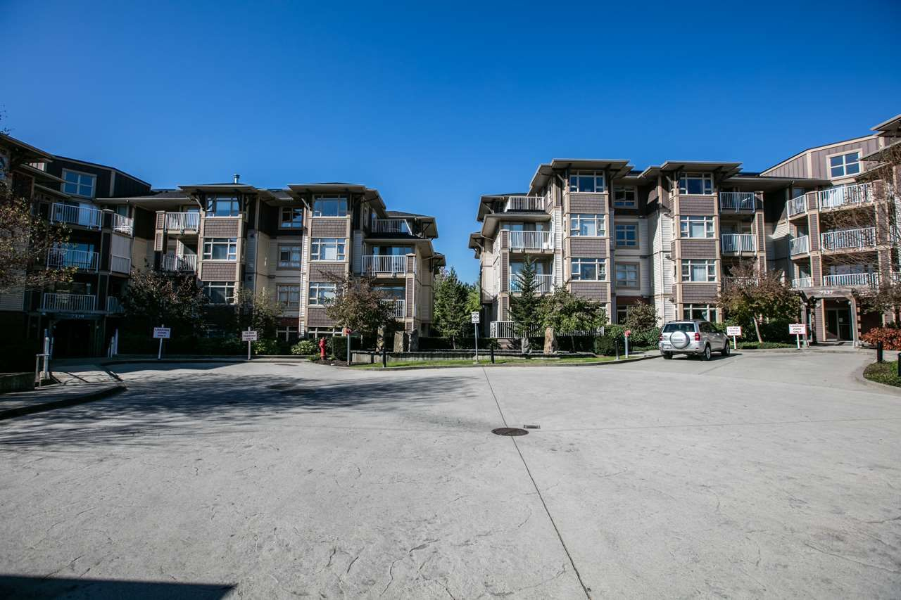 """Photo 13: Photos: 102 7339 MACPHERSON Avenue in Burnaby: Metrotown Condo for sale in """"CADENCE"""" (Burnaby South)  : MLS®# R2004673"""
