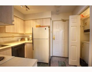 Photo 6: 407 1099 E BROADWAY in Vancouver: Mount Pleasant VE Condo for sale (Vancouver East)  : MLS®# V808468