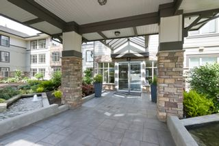 Photo 2: 110 15155 36 ave in Surrey BC: Morgan Creek Home for sale ()