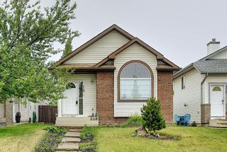Photo 2: 110 Coverton Close NE in Calgary: Coventry Hills Detached for sale : MLS®# A1119114