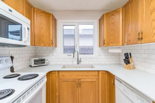Photo 13: 14916 95A Street NW in Edmonton: Zone 02 House for sale : MLS®# E4260093