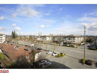 "Photo 10: 401 5759 GLOVER Road in Langley: Langley City Condo for sale in ""College Court"" : MLS®# F1207206"