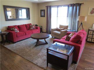 Photo 2: 54 settlers Trail in LORETTE: Dufresne / Landmark / Lorette / Ste. Genevieve Residential for sale (Winnipeg area)  : MLS®# 1413926