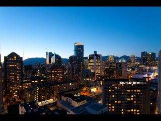 "Photo 13: # 2202 1199 SEYMOUR ST in Vancouver: Downtown VW Condo for sale in ""BRAVA"" (Vancouver West)  : MLS®# V1033200"