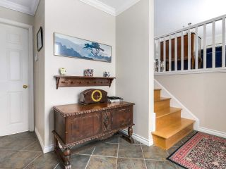 Photo 3: 8471 FAIRHURST Road in Richmond: Seafair House for sale : MLS®# R2141922