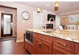 Photo 9: 611 54 Avenue SW in Calgary: Windsor Park Detached for sale : MLS®# A1082422