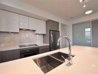"""Photo 3: 1009 6461 TELFORD Avenue in Burnaby: Metrotown Condo for sale in """"METROPLACE"""" (Burnaby South)  : MLS®# V1097911"""