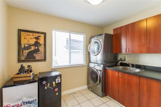 Photo 16: 20 FLAVELLE Drive in Port Moody: Barber Street House for sale : MLS®# R2437428