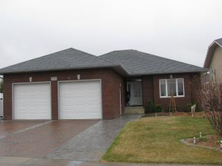Photo 1: 303 Bayfield Crescent in Saskatoon: Briarwood (Area 01) Single Family Dwelling for sale (Area 01)  : MLS®# 339480